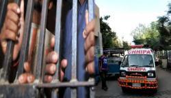 کراچی: مختلف واقعات میں 6 ملزمان گرفتار، 2 افراد جاں بحق