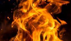 لاہور: شملہ پہاڑی پر عمارت کے تہہ قانے میں آگ لگ گئی